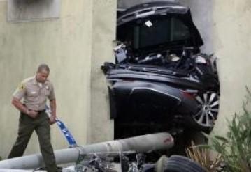 Первым в ДТП на Tesla погиб угонщик