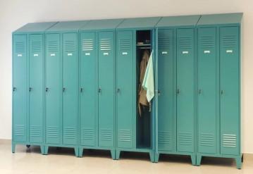 Как выбрать шкаф для спецодежды?