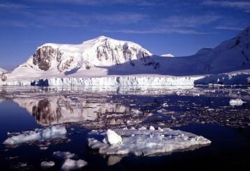 В НАСА объяснили загадочное таяние антарктических льдов