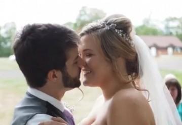 Канадец с 12 лет ежедневно делал селфи, из которых создал слайдшоу к своей свадьбе