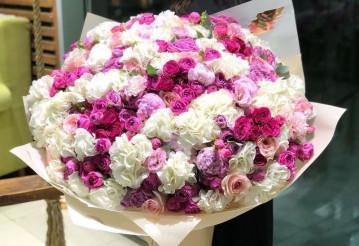 Главные преимущества доставки цветов