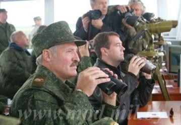 Лукашенко одобрил план применения региональной группировки войск Беларуси и России