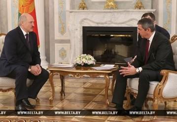 Александр Лукашенко и Ставрос Ламбринидис. Фото: БЕЛТА