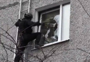 "В Минске ""Алмаз"" взял штурмом нарколабораторию"