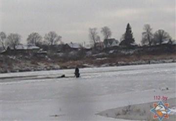 Тонкий лед: в Полоцке провалился фотограф, под Минском утонул рыбак