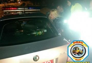 Пьяная блондинка за рулем Lexus устроила ДТП и разборки с ГАИ