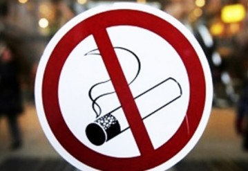 В Беларуси хотят ввести тотальный запрет на курение в кафе и ресторанах