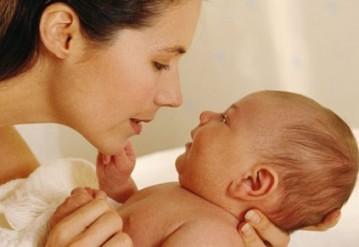 Детей рождается больше, воспитанников интернатов становится меньше. Инфографика к Дню защиты детей