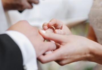 В 2016 году количество браков в Беларуси резко снизилось